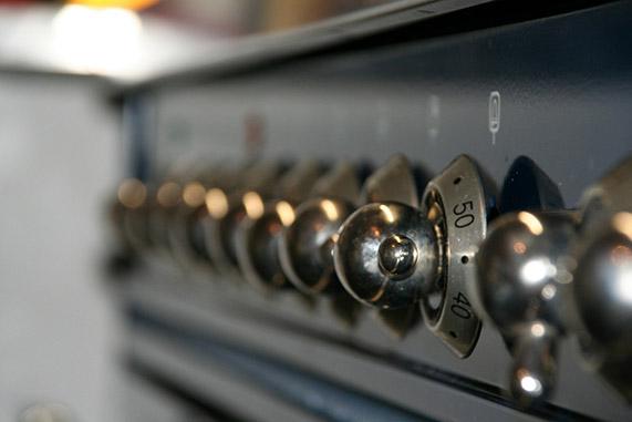 Trucos para limpiar un horno grasiento
