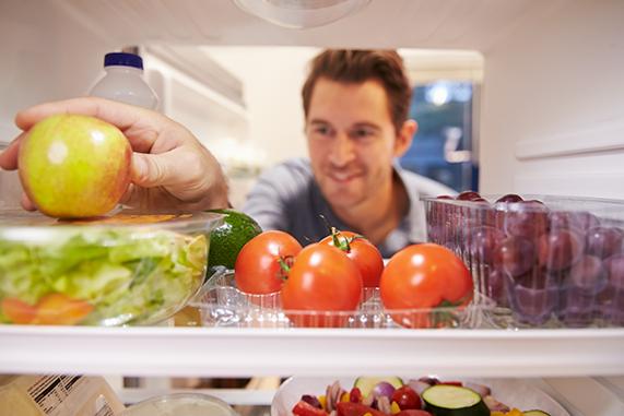 ¿Cómo organizo el frigorífico para maximizar su eficiencia?